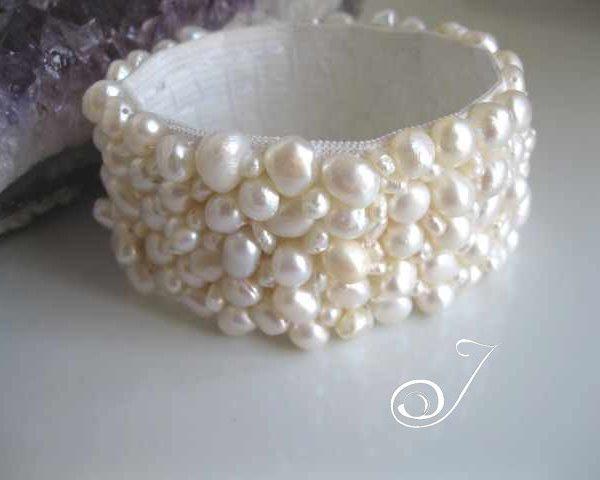 White Pearl Stretch Cuff