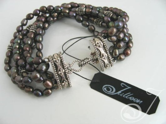 Kelly Black Pearl Bracelet
