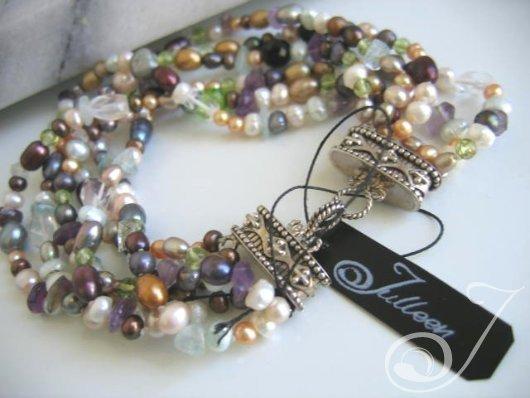 Kelly Cocktail Pearl Bracelet