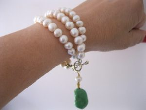 pearl_turquoise_bracelet_wrist