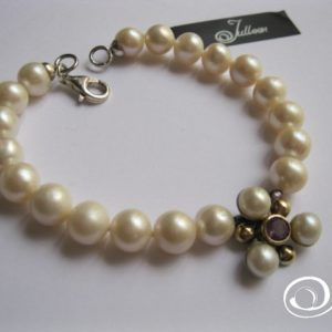 pearl-and-flower-bracelet-amethyst