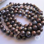 9mm-black-pearl-4strand-cuff