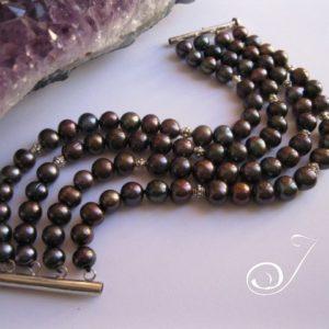 black_pearl_thick_cuff