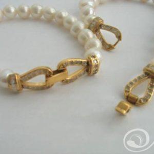 Hepburn Classic White Bracelet