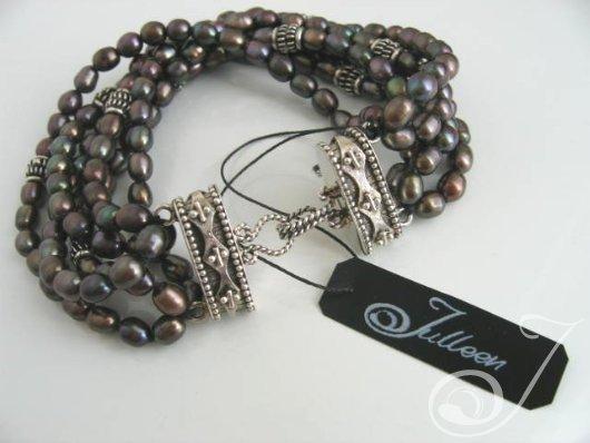 Kelly Black Pearl Bracelet