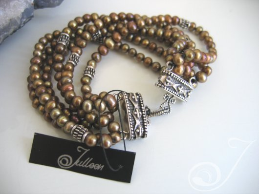 Kelly Bronze Pearl Bracelet
